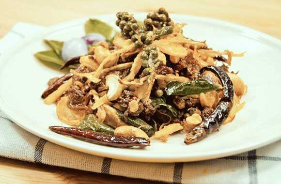 Snake-fried-herbs-111